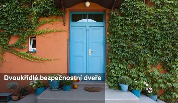 dvoukřídlé vchodové bezpečnostní dveře do domu Hradec Králové